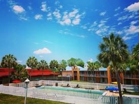 52 room hotel florida - 4