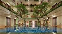 large hotel seminyak - 3