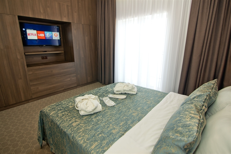 ready 4 star hotel - 6