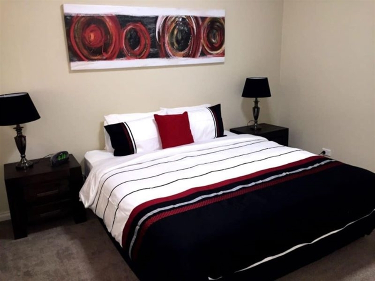 high-end serviced apartments operation - 5