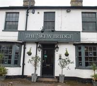 the skew bridge pub - 1