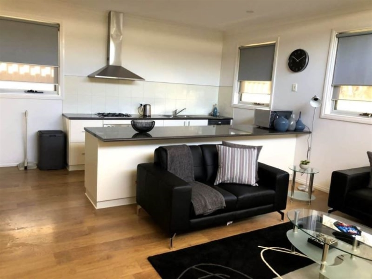 high-end serviced apartments operation - 12