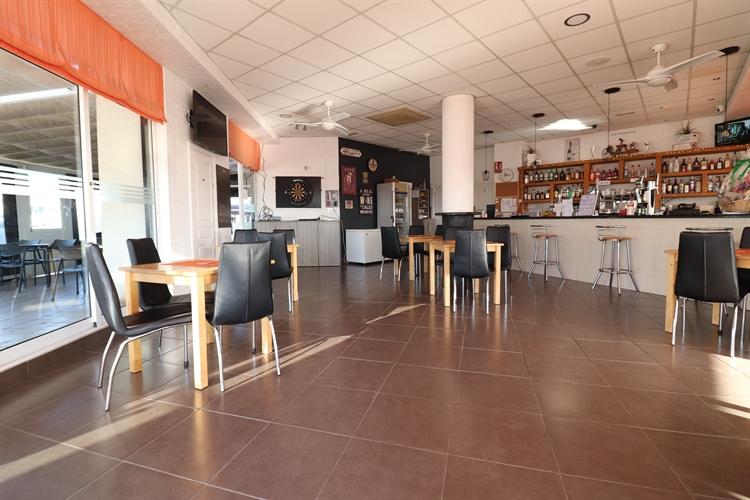 bar restaurant entre naranjos - 6