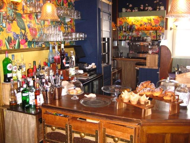 licenced café bar located - 14
