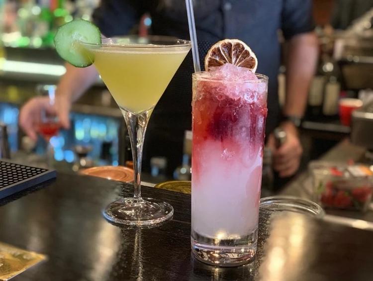 fabolous cocktail bar bayside - 4