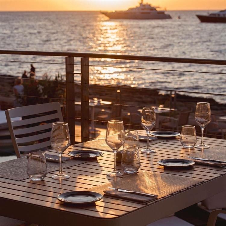 top beach club café - 8