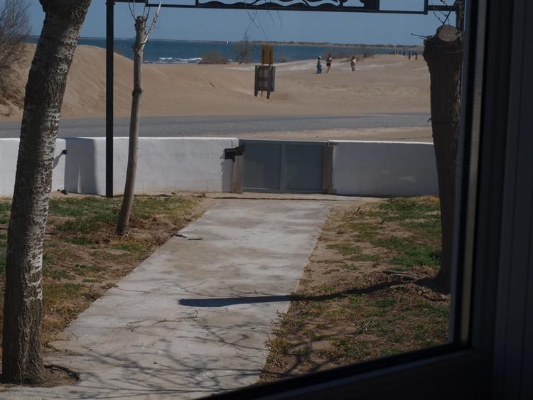 successful beachfront restaurant the - 12