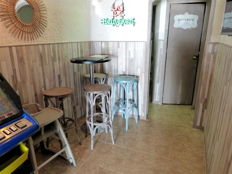 beach road cafe bar - 7
