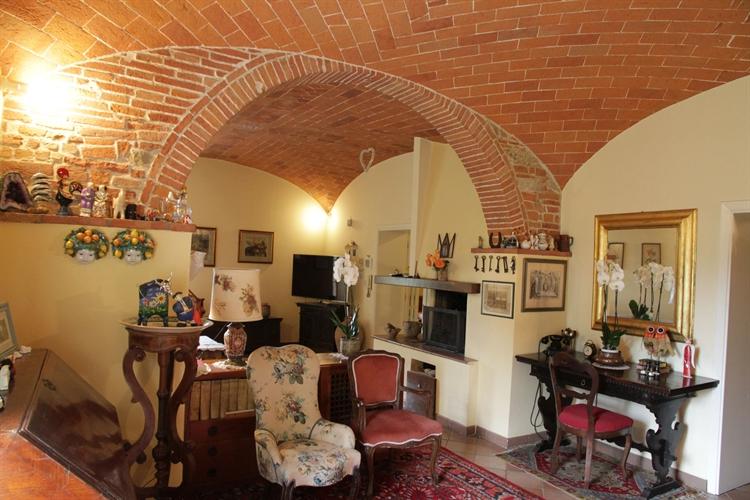 hamlet tuscany arezzo for - 6