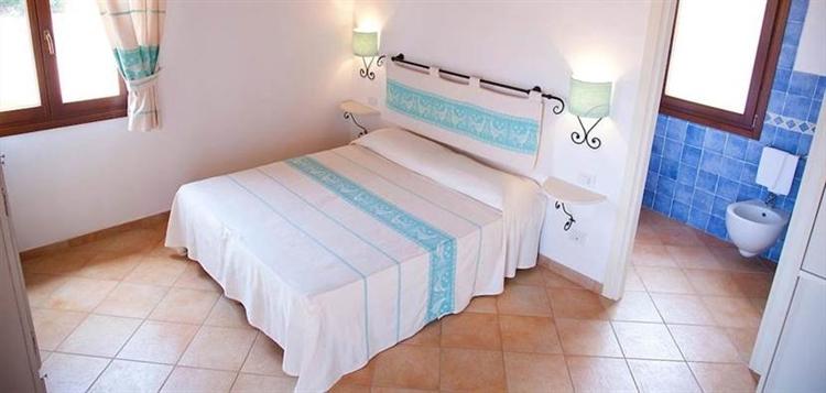 resort sardinia for sale - 12
