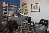 leasehold hotel with restaurant - 1