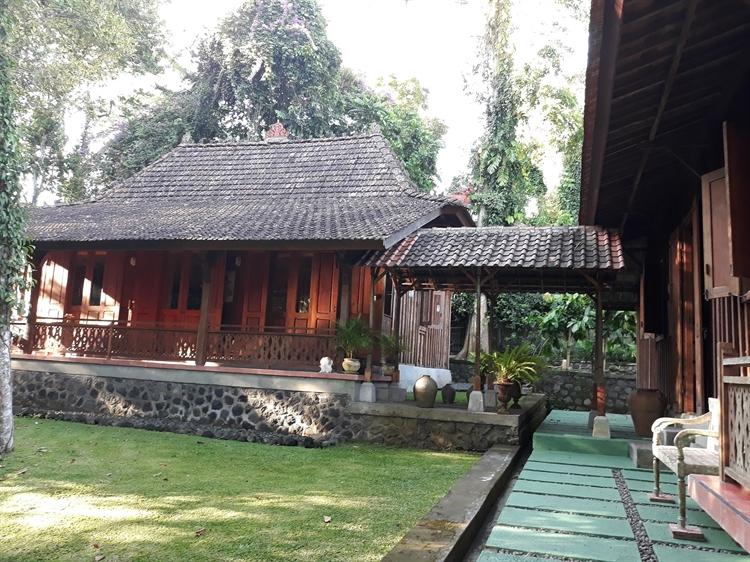 unique yoga retreat residence - 15