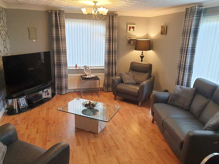 fantastic guest house opportunity - 11