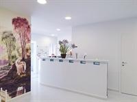 long established dental clinic - 1