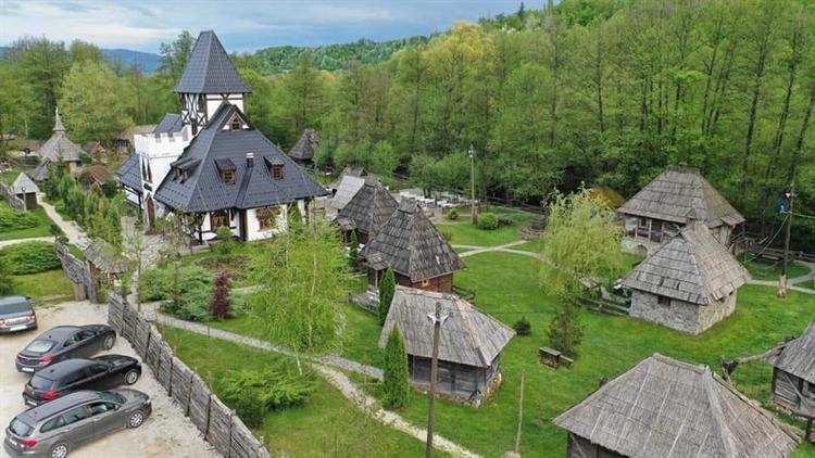 successful eastern european hotel - 15