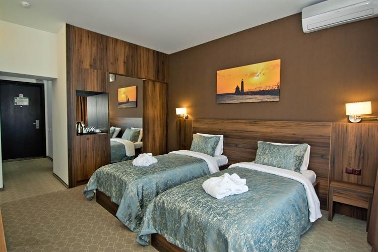 ready 4 star hotel - 8