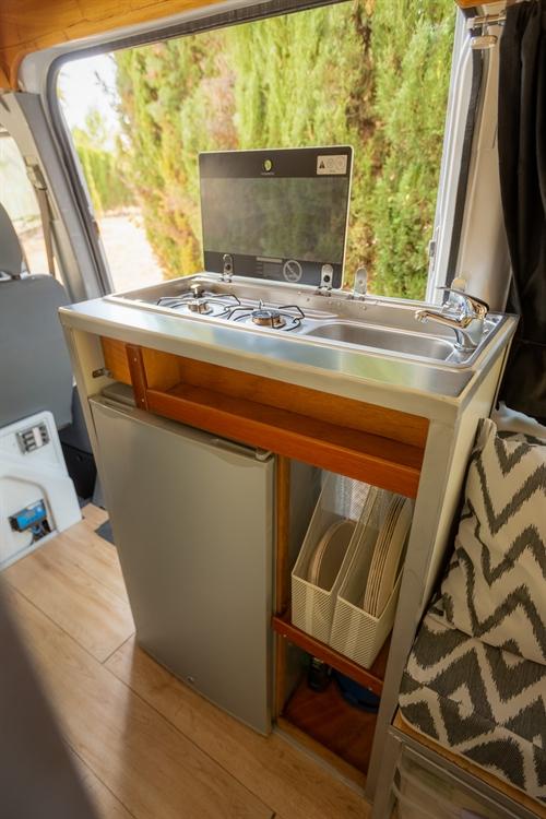 successful rental campervan motorhome - 9