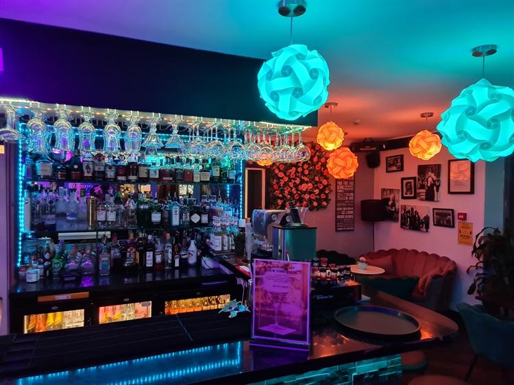 riverside bistro bar brentford - 15