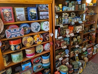 vintage collectables gift-wares store - 1