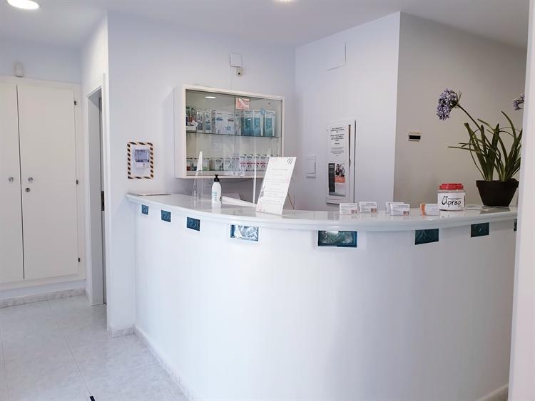 long established dental clinic - 8