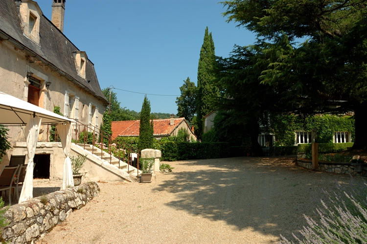 mansion with gites pool - 4
