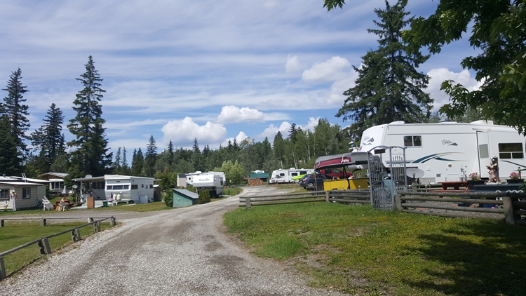 waterfront rv park cabins - 4