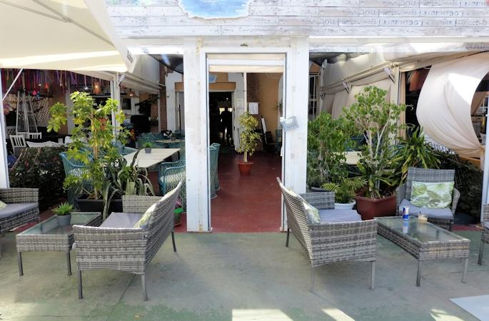 fuengirola harbour side cafe - 5