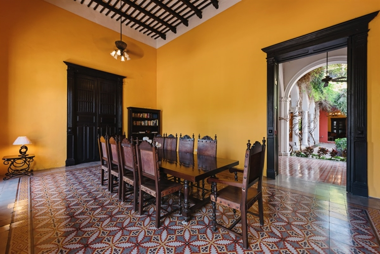 historic mansion stunning boutique - 4