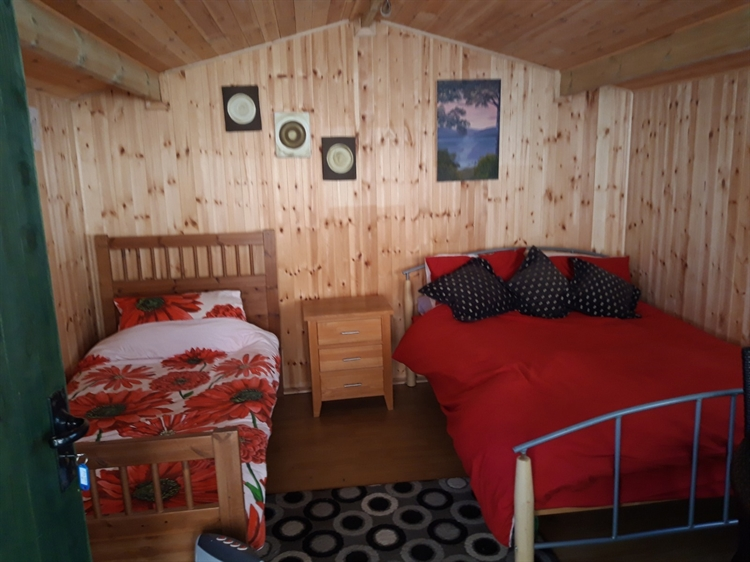 crown inn riverside campsite - 11