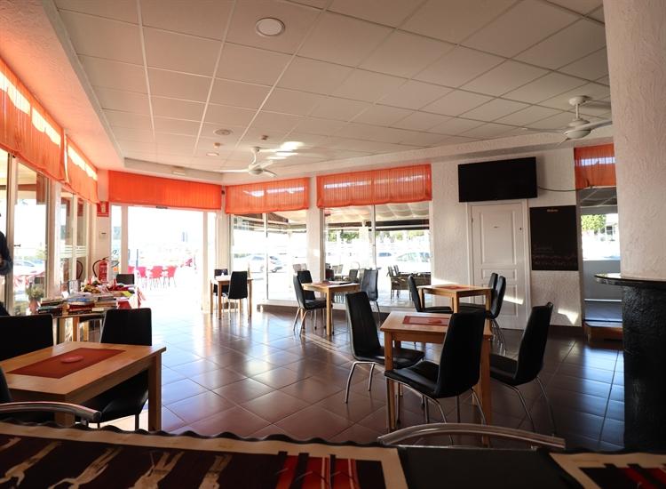 bar restaurant entre naranjos - 5