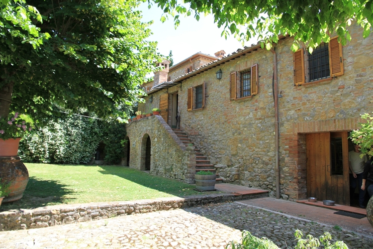 farm with vineyard montepulciano - 15