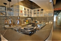 sharing kitchen space available - 2