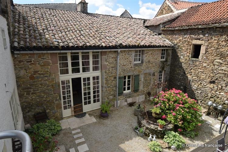 stone built house gites - 5
