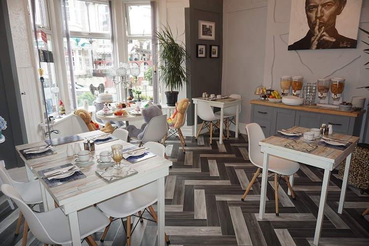 leasehold hotel with restaurant - 7