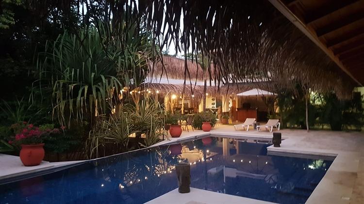 successful hotel restaurant near - 8