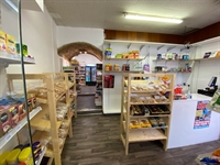 leasehold convenience store bakery - 2