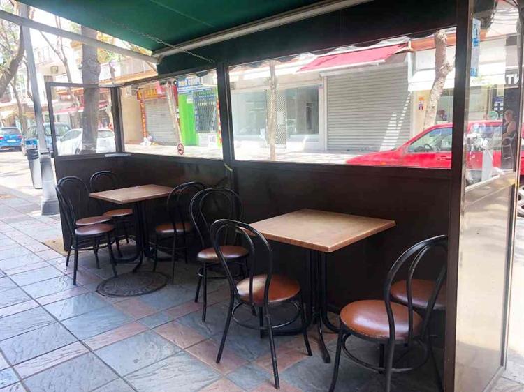 long established cafe bar - 4