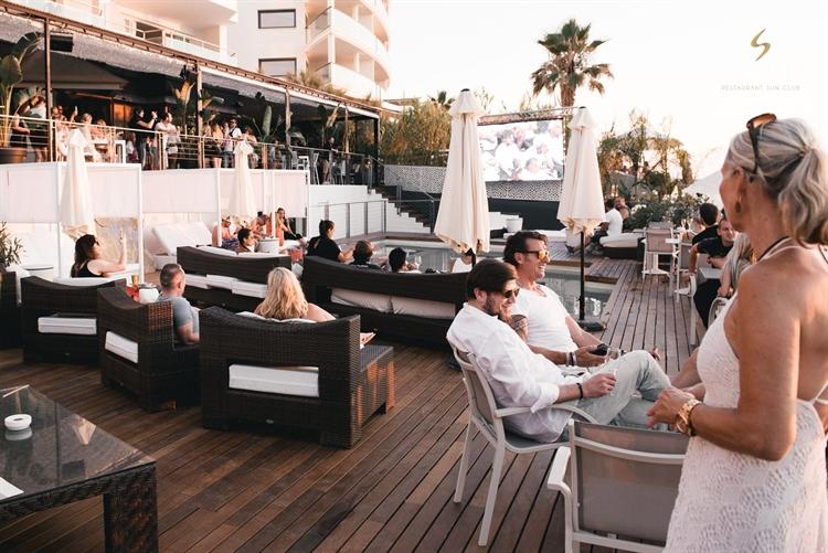 top beach club café - 11