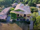 Charming villa In Pienza For Sale