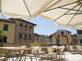 hotel with restaurant tuscany
