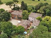 hamlet tuscany arezzo for